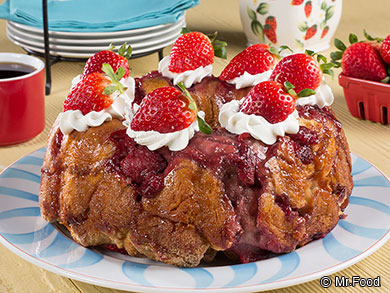 Strawberry Shortcake Monkey Bread
