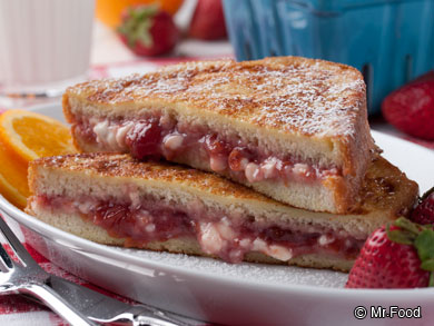 Strawberry-Cheesecake-French-Toast-OR