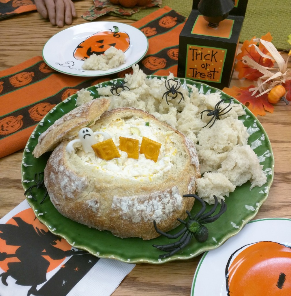 Cheesy-Baked-Party-Dip-Halloween